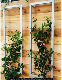 Beautiful Garden Wall Decoration Ideas To Beautify Your Home 04