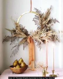 Clever DIY Minimalist Wreaths Guaranteed To Dress Up Your Home 05