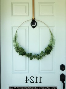 Clever DIY Minimalist Wreaths Guaranteed To Dress Up Your Home 14
