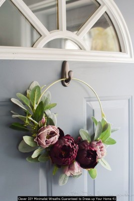 Clever DIY Minimalist Wreaths Guaranteed To Dress Up Your Home 41