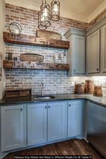 Fabulous Gray Kitchen And Wood In Different Models For All Tastes 37