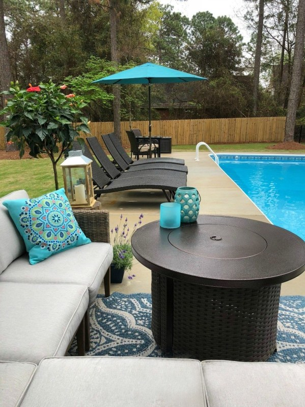 Magnificent Summer Furniture Ideas For Your Outdoor Decor 50