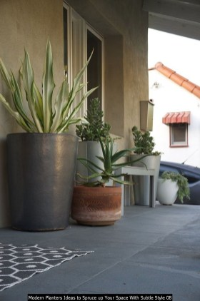 Modern Planters Ideas To Spruce Up Your Space With Subtle Style 08