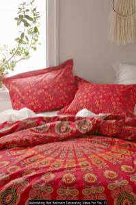 Astonishing Red Bedroom Decorating Ideas For You 11