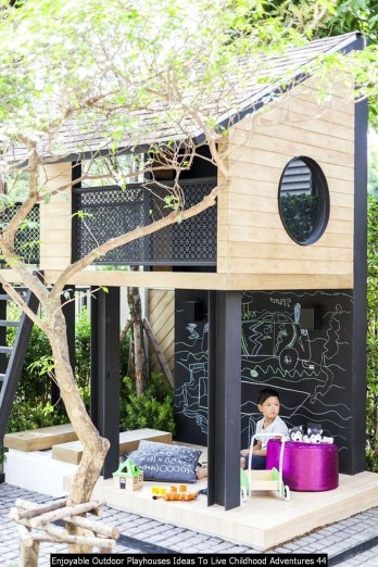 Enjoyable Outdoor Playhouses Ideas To Live Childhood Adventures 44
