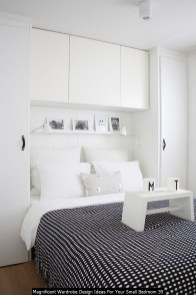 Magnificent Wardrobe Design Ideas For Your Small Bedroom 39
