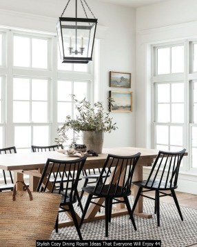Stylish Cozy Dining Room Ideas That Everyone Will Enjoy 44