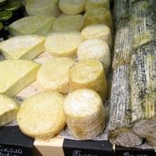 Ассортимент кафе L'affinage cheese&wine во Львове