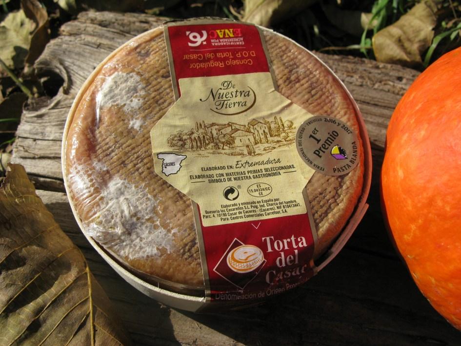 Испанский сыр «Торта дель Касар»