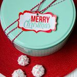 FREE Holiday Gift Tags by Love The Day for Tomkat's Holiday Gift Guide