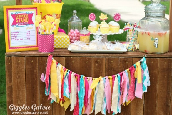 FREE Lemonade Stand Signs & Printables by Love The Day