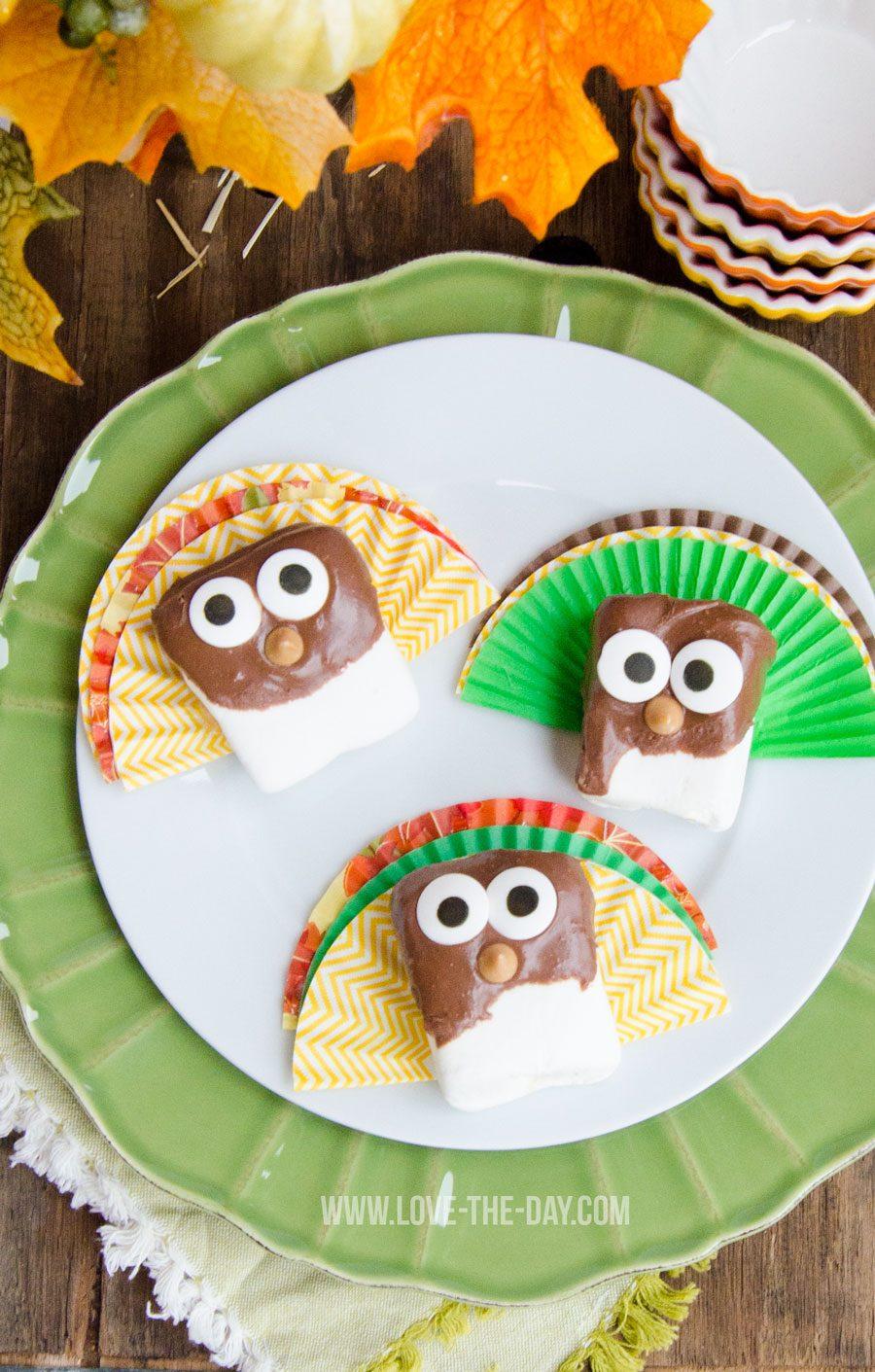 Thanksgiving Treats:: Reece's Spreads Marshmallow Turkeys