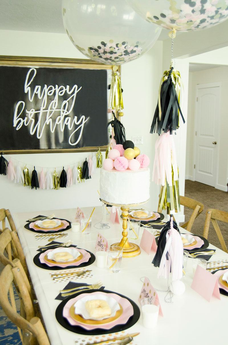 FREE Happy Birthday Backdrop by Lindi Haws of Love The Day