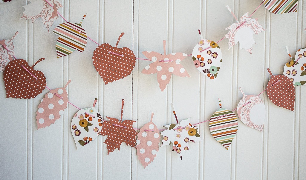 DIY Thanksgiving Garland by Fawn on Love the Day
