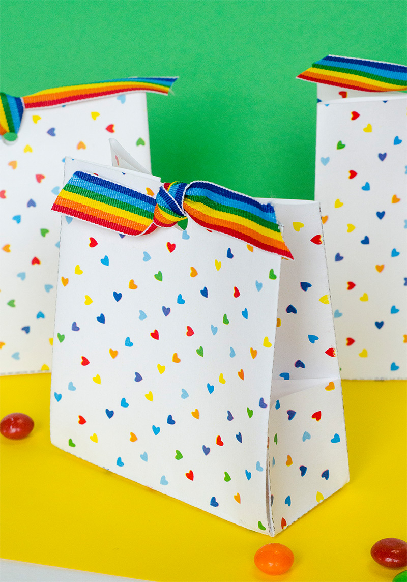 Free Printable Rainbow Treat Bags by Lindi Haws of Love The Day