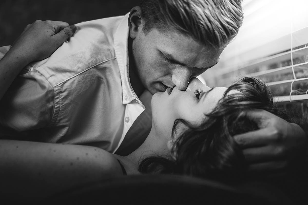 Fotograf Leipzig Paarshooting erotisch sinnlich dessous traumgarten romantisch