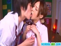 百田ゆきなが放課後の教室でセックスしてる我慢 動画