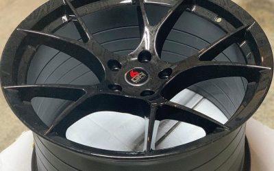 black Mustang wheels