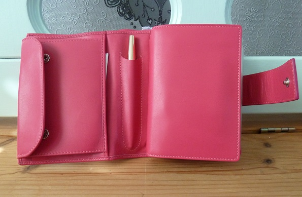Using my pocket Bethge as a wallet (2/6)