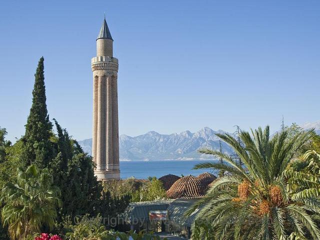 yivli_minaret_mosqueya