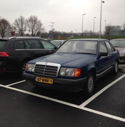 SnappCar avonturen: Mercedes-Benz E-Klasse W124