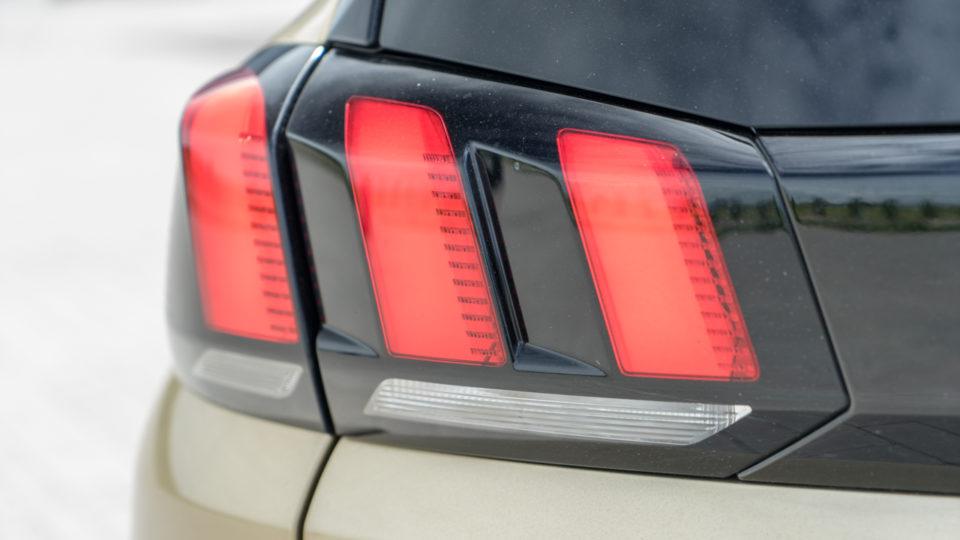 Peugeot 5008 SUV