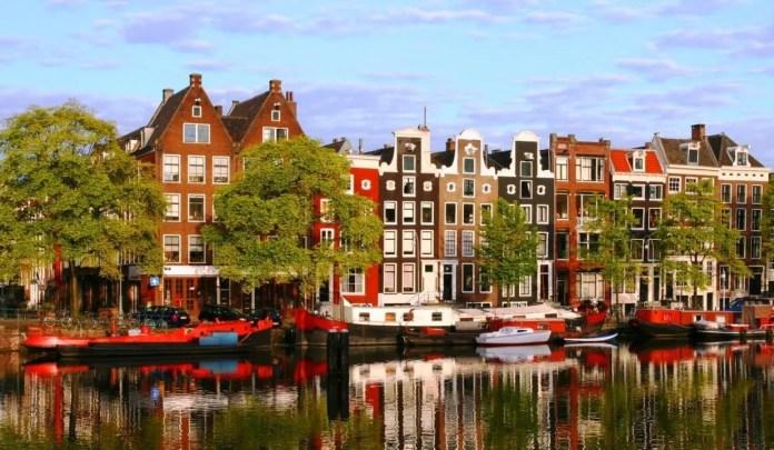 Amsterdam-Case--e1385035906122