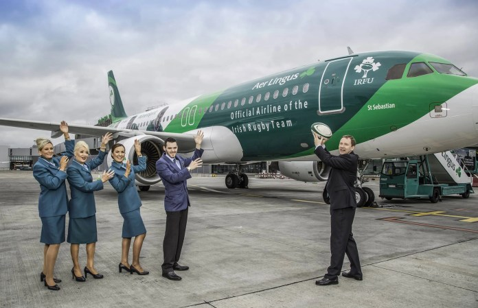Stephen Kavanagh, Chief Executive Officer, Aer Lingus and cabin crew, today unveiled the Green Spirit, an Airbus 320, painted in IRFU livery. The livery is part of Aer Lingus' new three year partnership deal with the IRFU. The deal will see Aer Lingus flying players, management and support staff around Europe as they compete in the RBS 6 Nations Championships and in other high profile international tournaments.  Green Spirit will go into service tomorrow, Monday 11th May, operating across Aer Lingus' short haul network to the U.K and Continental Europe. The aircraft has been given its own hash-tag #GreenSpirit.