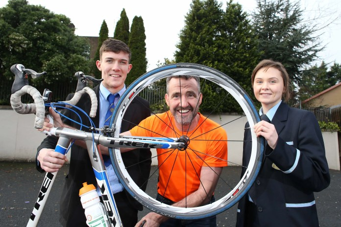 The route for the 2016 Cycle Against Suicide bike ride has been announced and it's another epic round-Ireland challenge which will cover fifteen counties and almost 700 miles over two weeks from 24th April 2016. The annual cycling event is now in its fourth year brings together cyclists, of all abilities, united in their desire to demonstrate that, shoulder to shoulder, they can break the cycle of suicide. Over 800 people die from suicide in Ireland each year, with over 200 in Northern Ireland alone.   Launching the 2016 Cycle Against Suicide bike ride is Conor Kerlin from Christian Brothers Grammar School, Jim Breen, Founder of Cycle Against Suicide and Emma Nelson from Cookstown High School Picture by Andrew Paton/Press Eye.com