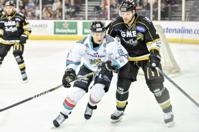 Chris Higgins in action for the Stena Line Belfast Giants on Saturday. Picture: Andy Gibson