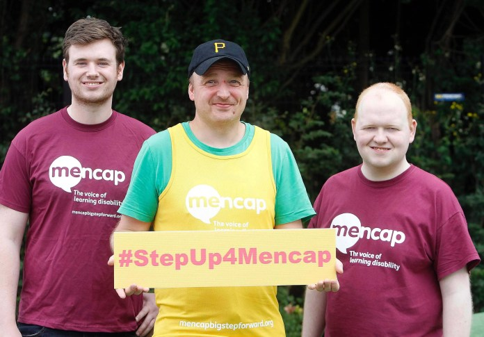 Belfast runner Ryan Collison is set to raise £5,000 for learning disability charity Mencap following his participation at the TCS New York City Marathon Sunday 6th November 2016. Pictured with Ryan Collison (centre) is Gary Clements and Jonathan Hanna from Mencap. To sign up for the 2017 Deep RiverRock Belfast City Marathon, visit mencapbigstepforward.org. Photo Aidan O'Reilly
