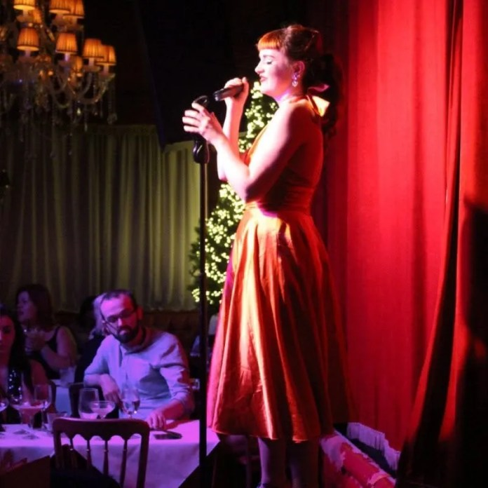 Festive Lunchtime Shows at Cabaret