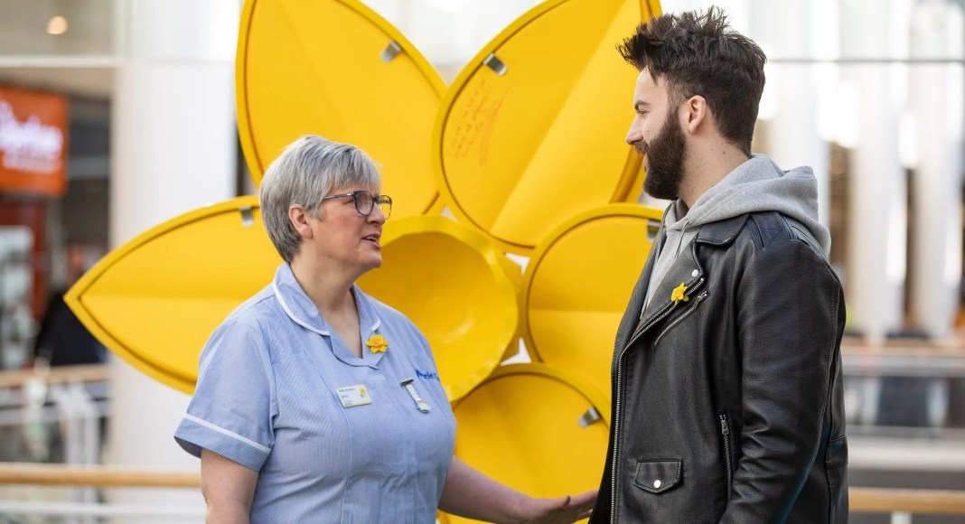 Belfast shoppers invited to share memories of loved ones on Marie Curie's 'Great Big Daffodil'