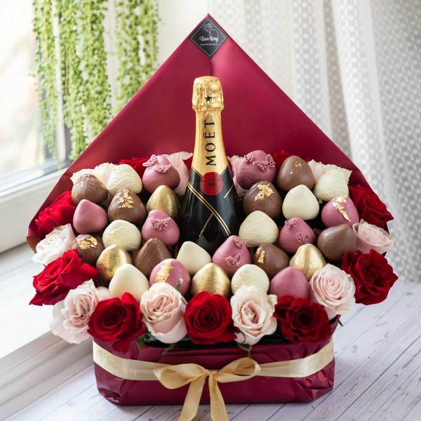Champagne and Chocolate Strawberry Bouquets