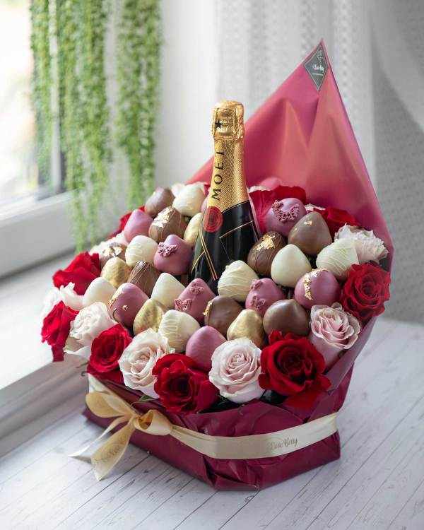 chocolate covered strawberries with MOET