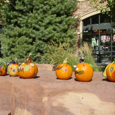 FREE Pumpkin Painting Festival at the Gateway on 10/21 from 1-4pm