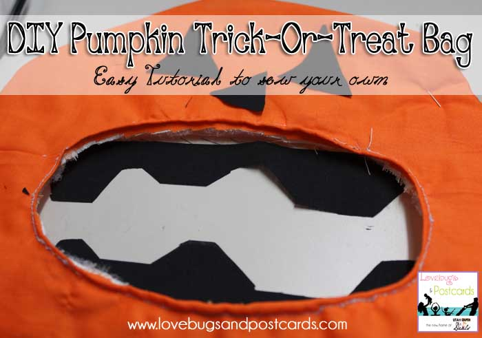DIY: How to sew your own #Halloween Trick or Treat Bags - www.utahcoupondeals.com