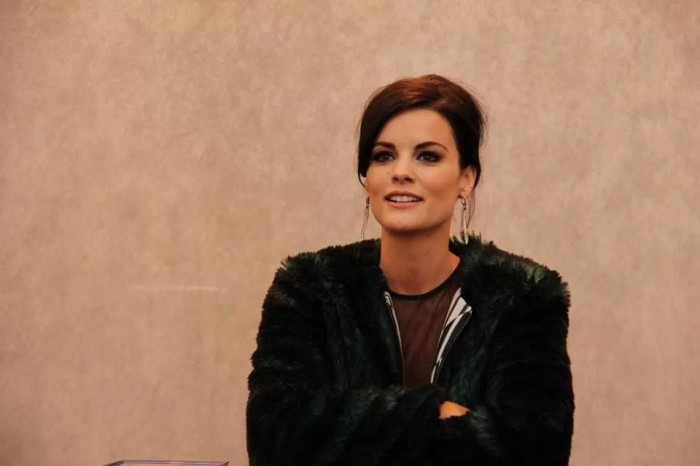 A visit with @JaimieAlexander (Lady Sif) about Thor: The Dark World #thordarkworldevent