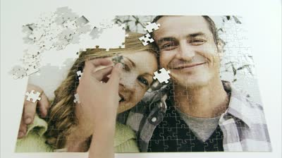 52 Date Ideas (fun, inexpensive, and creative) {Do a puzzle together}