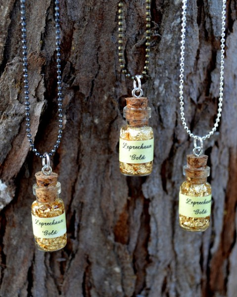 Wee Bottle of Leprechaun Gold Necklace DIY