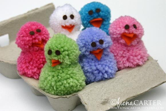 Pom pom fluffy chickpompomchicks