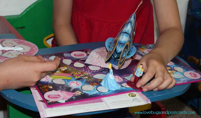 Family Game Time with Hasbro - Disney Princess Pop-up Game