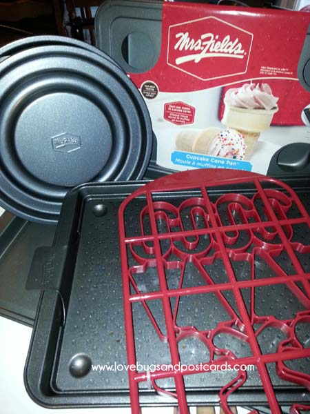 Mrs. Fields BakeWare Review
