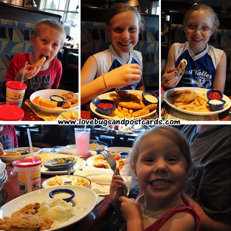 Kids enjoying their dinner at Red Lobster #lobsterworthy