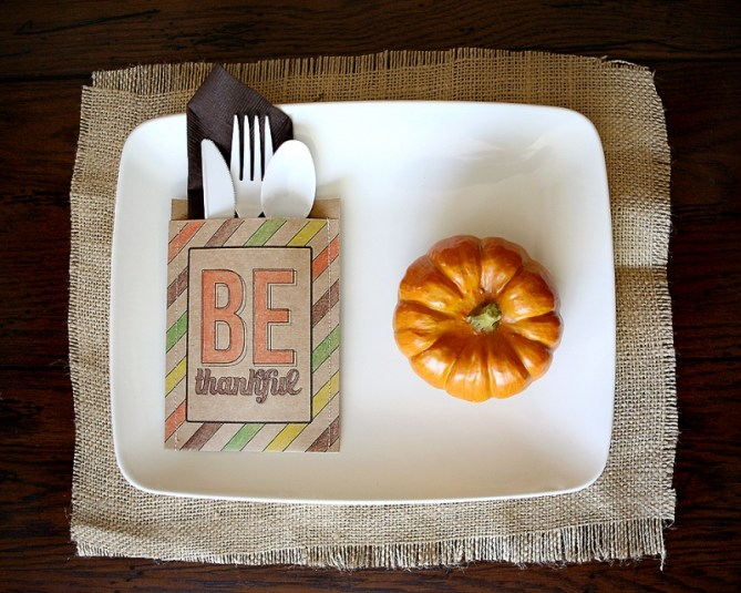 15 Thanksgiving Table Settings - Be Thankful