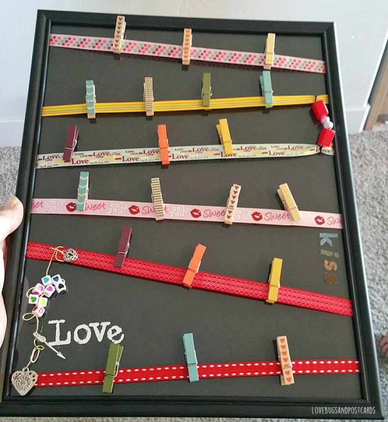 DIY Valentine's Day Picture Board