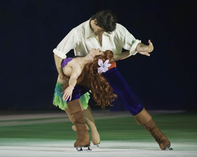 disney_on_ice_worlds_of_enchantment_ariel