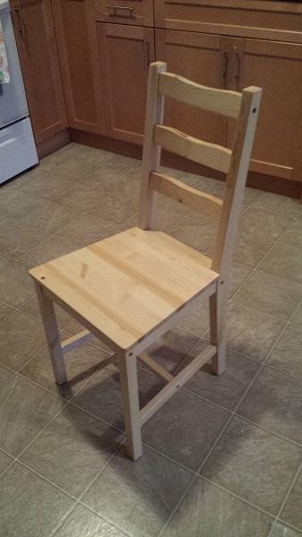 Первый стул готов... и так далее