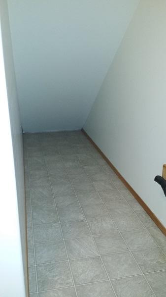 Хозяйственное помещение, место под лестницей