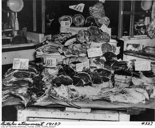 2011421-Meat-display-1910-f1244_it0337